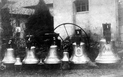 Campanas de iglesia San Isidro.